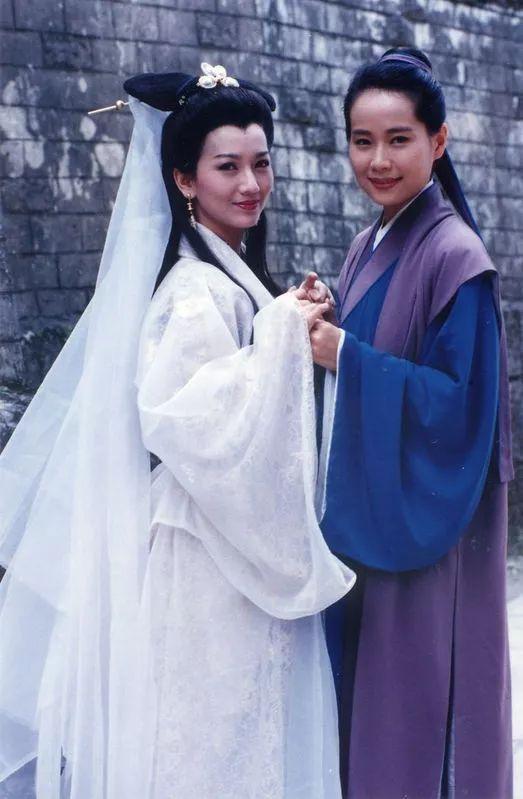 有人45岁还能吊打刘亦菲,有人为亡夫终身不再嫁...那些年的港星都还好吗?-第50张图片