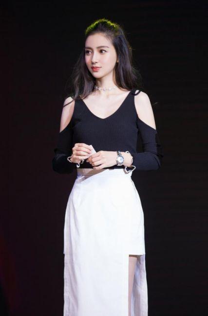 女星争相露肩,杨颖、刘诗诗竟把刘亦菲秒成渣?-第6张图片