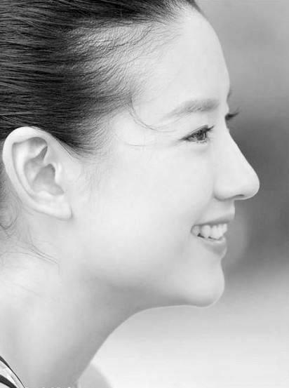 赵丽颖鼻子,热巴鼻子,刘亦菲鼻子,都敌不过她的完美鼻子-第11张图片