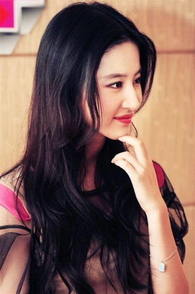 赵丽颖鼻子,热巴鼻子,刘亦菲鼻子,都敌不过她的完美鼻子-第14张图片