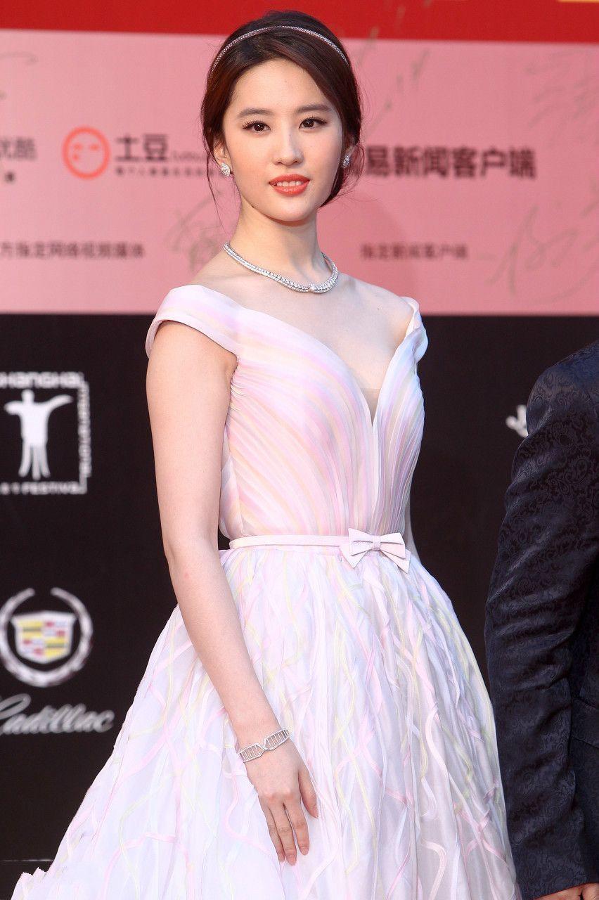 刘亦菲胖成120斤,网友:这下瘦不回去了!-第7张图片