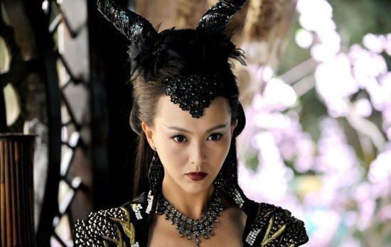 郑爽刘诗诗舒畅毛晓彤刘亦菲朱茵 那些在古装剧中惊艳出场的女子-第28张图片