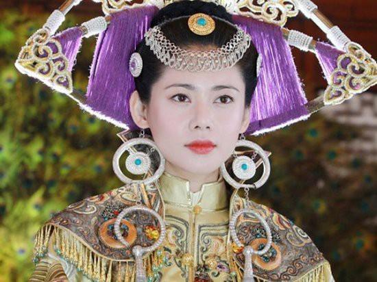 郑爽刘诗诗舒畅毛晓彤刘亦菲朱茵 那些在古装剧中惊艳出场的女子-第38张图片