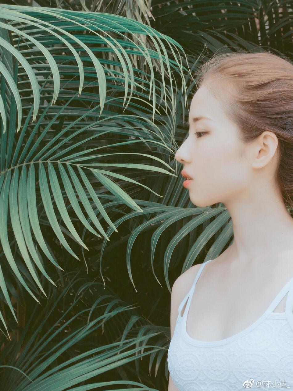 身材火辣的运动女神神似刘亦菲-第5张图片