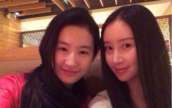 刘亦菲的好闺蜜,颜值不比刘亦菲低,只是现在依然不红-第1张图片