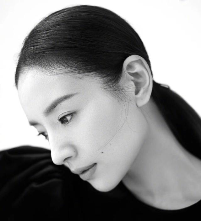 别再吹刘亦菲天仙颜了,她年轻的颜值瞬间秒过刘亦菲-第13张图片