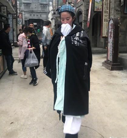 被黑颜值走样,刘亦菲晒素颜湿身照实力打脸,网友:是刘亦菲本仙-第3张图片