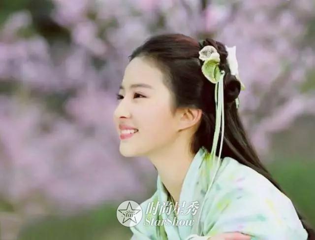 刘亦菲:那白衣飘飘,风中齐舞的仙子-第12张图片