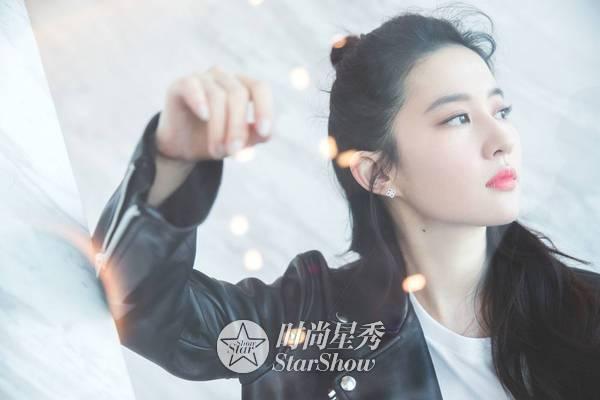 刘亦菲:那白衣飘飘,风中齐舞的仙子-第25张图片