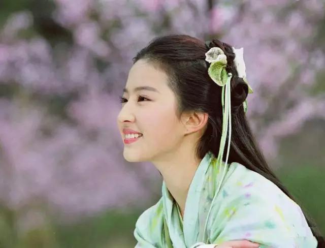 刘亦菲|她从最初的民国走来-第7张图片