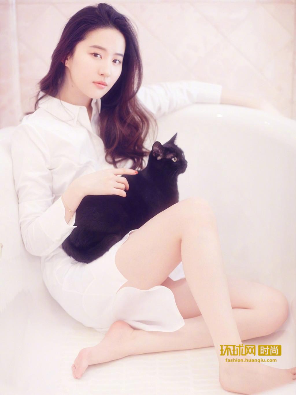 刘亦菲 萌宠写真-第4张图片