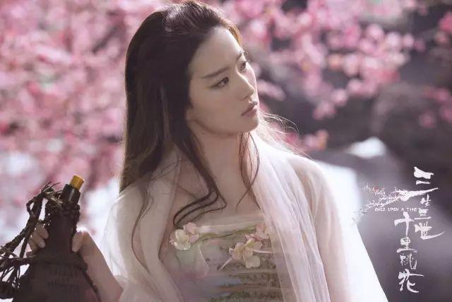 29岁的刘亦菲,依然宛若妙龄少女!-第1张图片