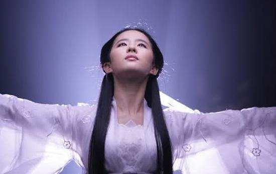 """刘亦菲15岁为""""人母"""",清纯人设被打破-第2张图片"""