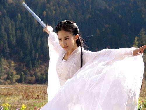 """刘亦菲15岁为""""人母"""",清纯人设被打破-第3张图片"""
