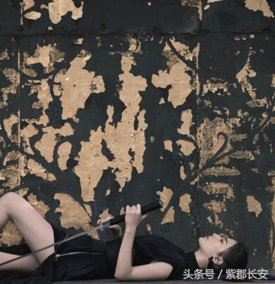 """""""武侠风范""""刘亦菲-第6张图片"""