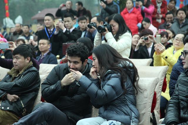 刘亦菲在南充素颜也很美丽,引粉丝追捧-第11张图片