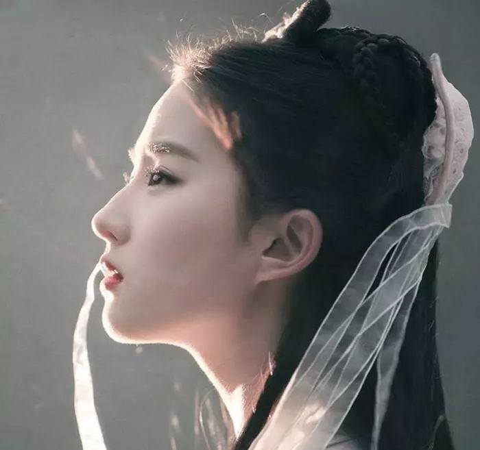 刘亦菲和宋承宪分手却把粉丝高兴坏了,难怪刘亦菲之前说呵呵哒-第11张图片