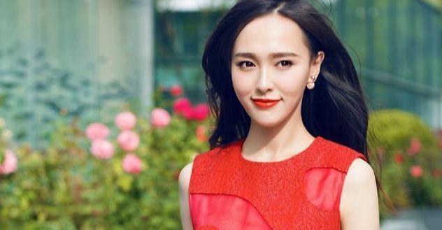 杨幂、刘亦菲出道美照,想不到唐嫣这么漂亮-第2张图片