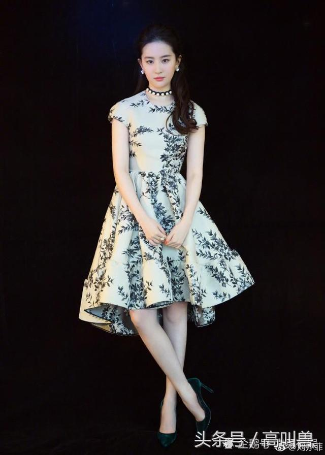 全球美女:青花瓷蓝,刘亦菲-第2张图片
