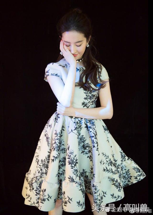 全球美女:青花瓷蓝,刘亦菲-第4张图片