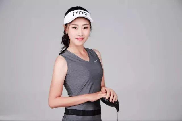 """高球美女接不完,这次轮到""""高球界的刘亦菲""""-第3张图片"""