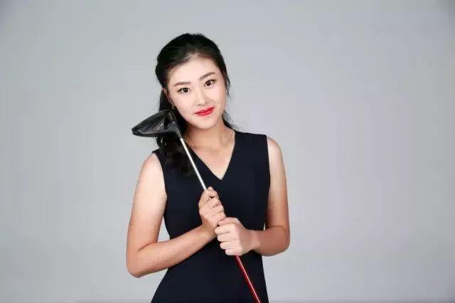 """高球美女接不完,这次轮到""""高球界的刘亦菲""""-第7张图片"""
