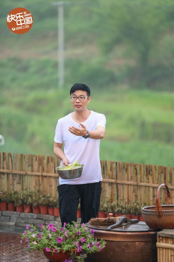 向往的生活:黄渤与刘亦菲为同届同学-第13张图片