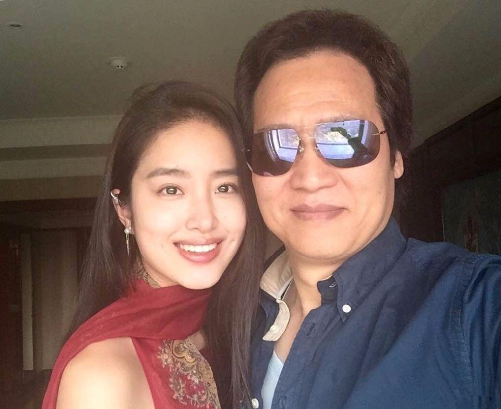 凭《芳华》走红的她,长相酷似刘亦菲,还恋上了刘亦菲的干爹-第6张图片