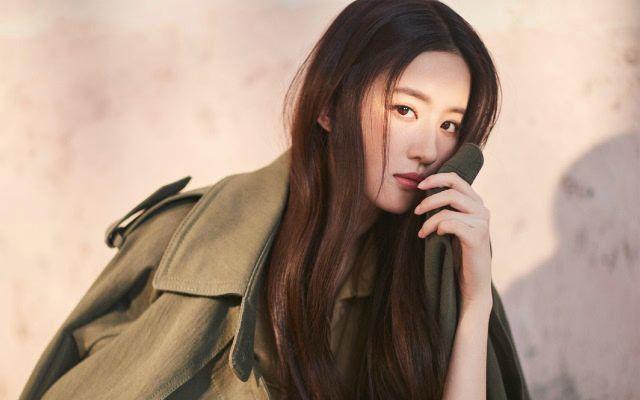 凭《芳华》走红的她,长相酷似刘亦菲,还恋上了刘亦菲的干爹-第13张图片