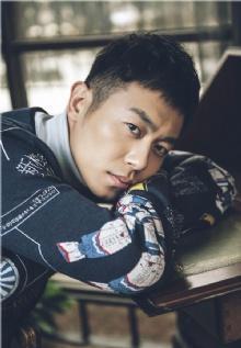 谁出道14年只认定刘亦菲?大学床铺只有刘亦菲能坐?-第2张图片