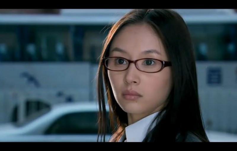 当刘亦菲戴上眼镜-第8张图片