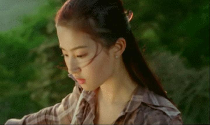 神仙姐姐刘亦菲,好可爱-第5张图片