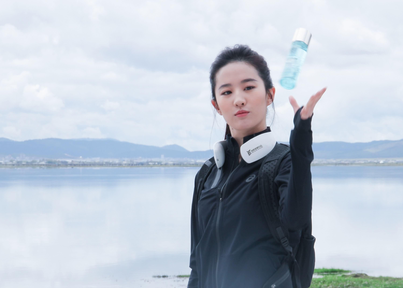 [百度菲吧]温碧泉广告拍摄独家花絮照片