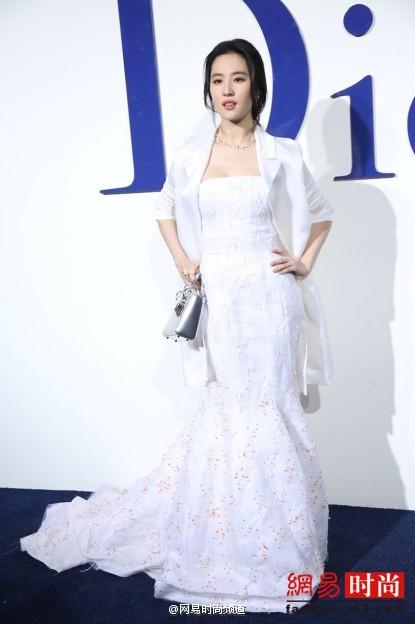 Dior迪奥2016春夏北京大秀红毯  《刘亦菲》[2015.12.19]