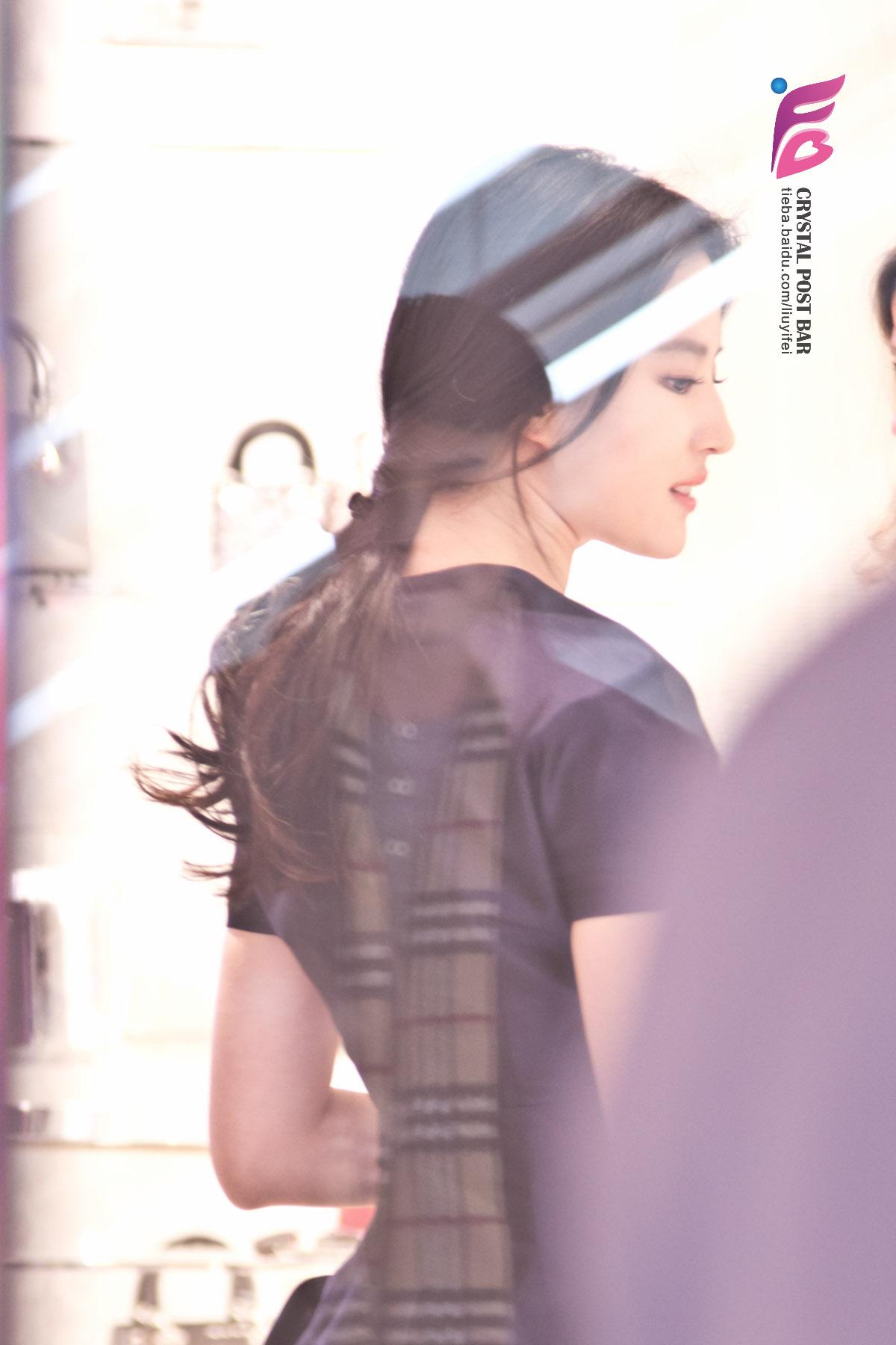 Dior国贸旗舰店开幕  《刘亦菲》[2015.12.19]
