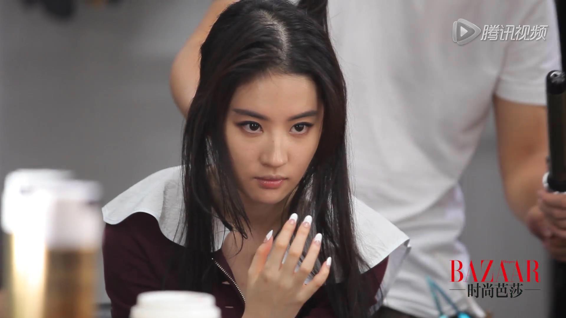 《时尚芭莎》花絮(2014.10.27)