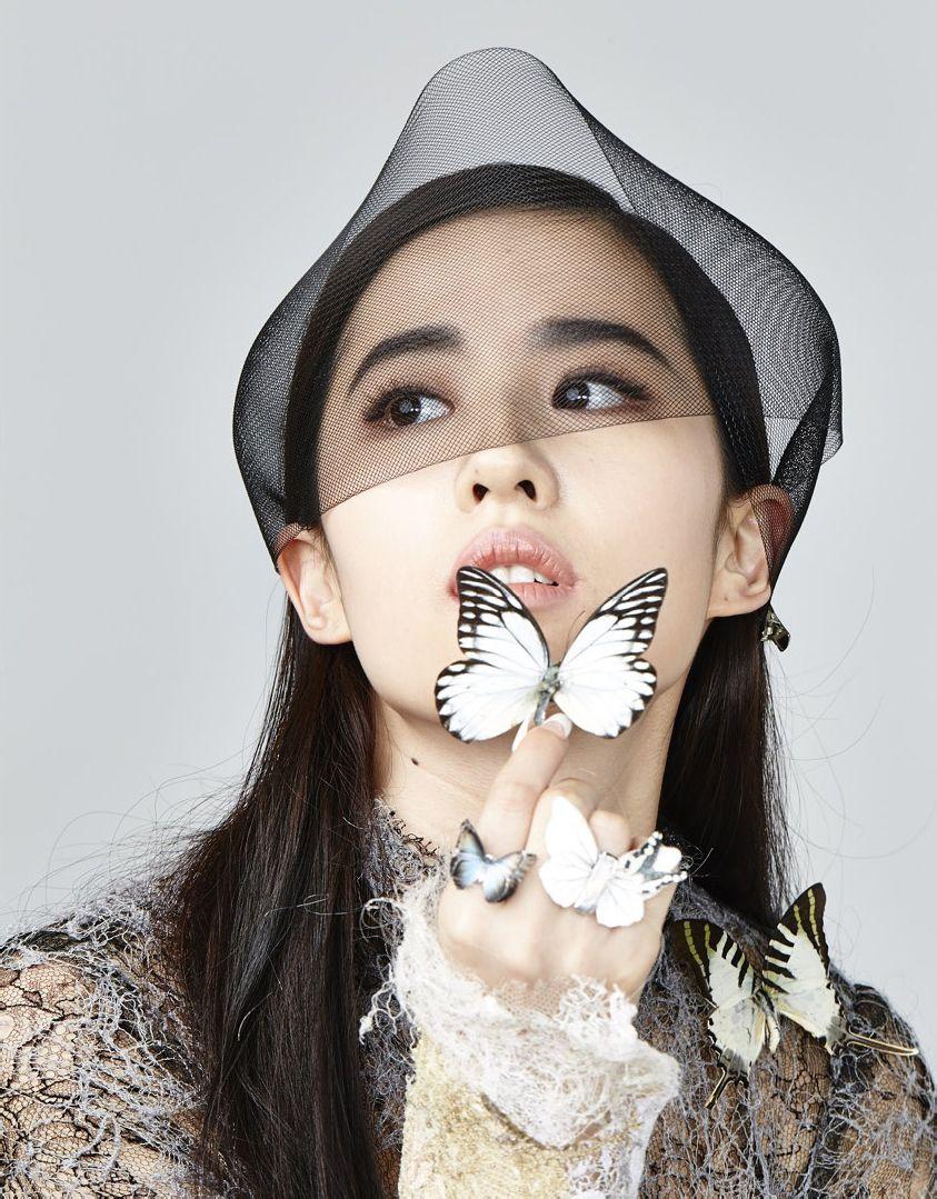 《时尚芭莎》十二月刊(2014.10.24)