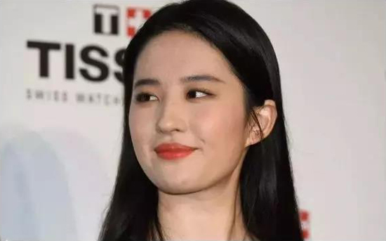 刘亦菲、杨幂的30岁,却都输给了关之琳的30岁!-第1张图片