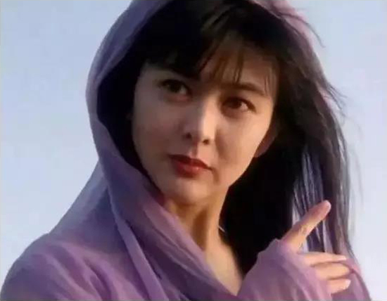 刘亦菲、杨幂的30岁,却都输给了关之琳的30岁!-第8张图片