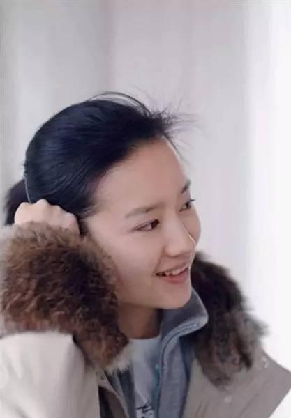 她是陈坤毕生所爱,刘亦菲都给她配戏,如今却出.轨离婚,成了单亲妈妈!-第7张图片