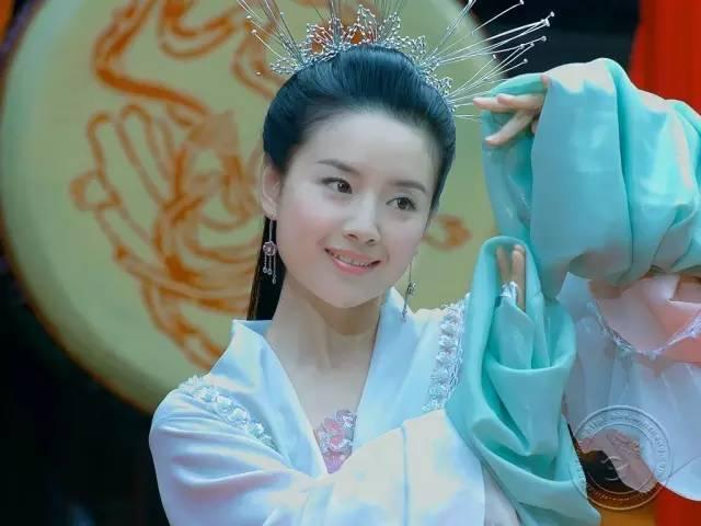 她是陈坤毕生所爱,刘亦菲都给她配戏,如今却出.轨离婚,成了单亲妈妈!-第8张图片