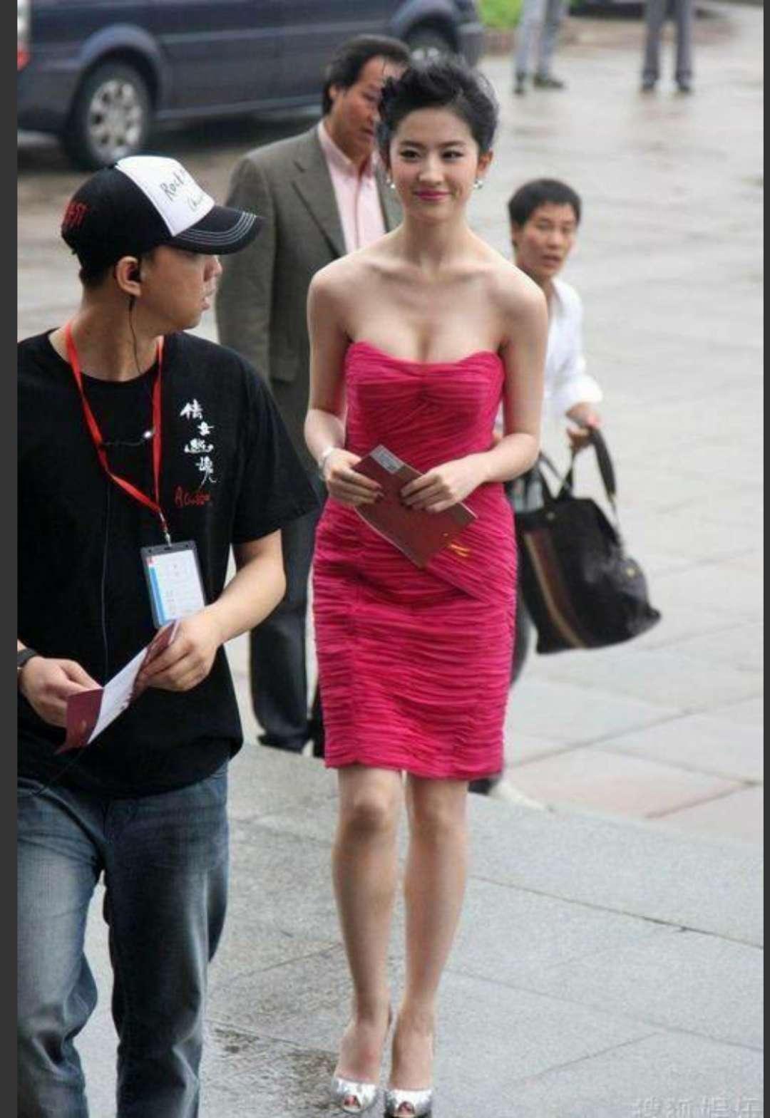 """刘亦菲不再是""""神仙姐姐"""" 现在已经""""还俗""""了!-第4张图片"""