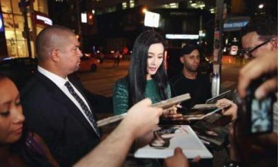 路人鏡頭下的幾位女星,鄭爽驚艷,劉亦菲美到犯規!-第5張圖片