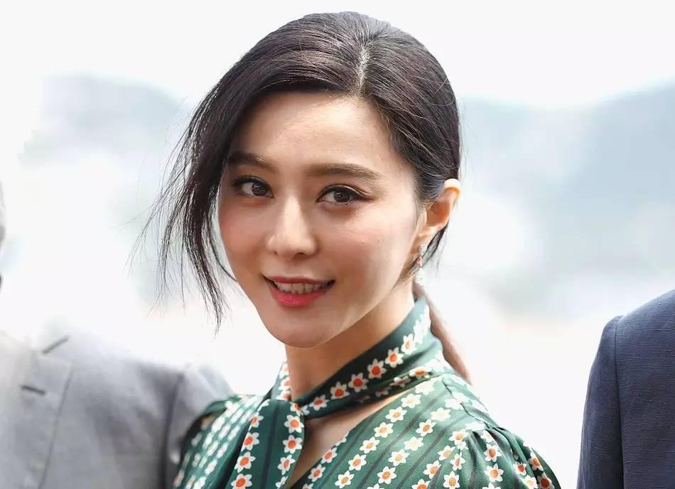 """刘亦菲不再是""""神仙姐姐"""",现在已经""""还俗""""了!-第16张图片"""